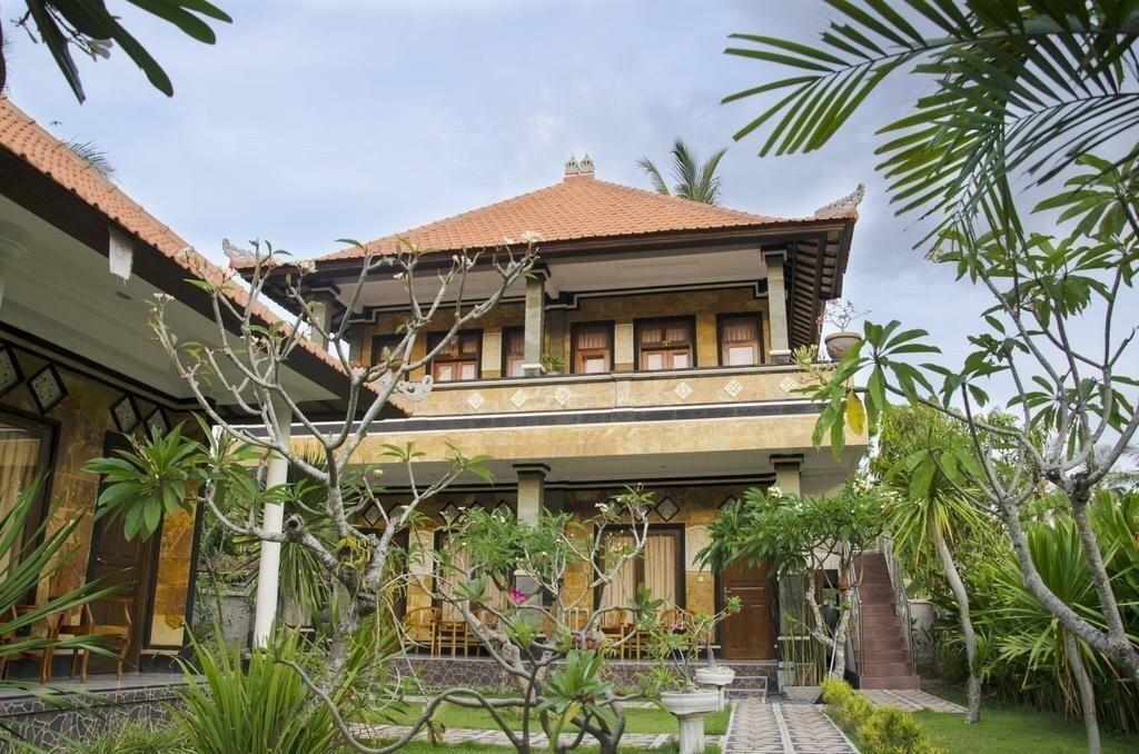 Arya Inn Enny Salon and Spa, Klungkung