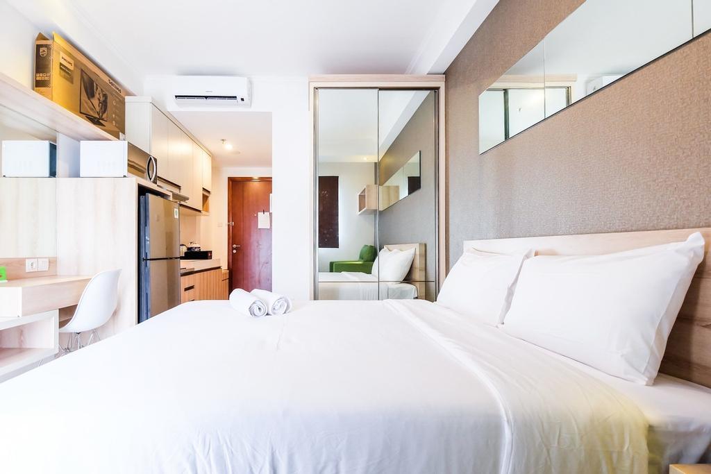 Comfortable Studio Signature Park Grande Apartement, South Jakarta