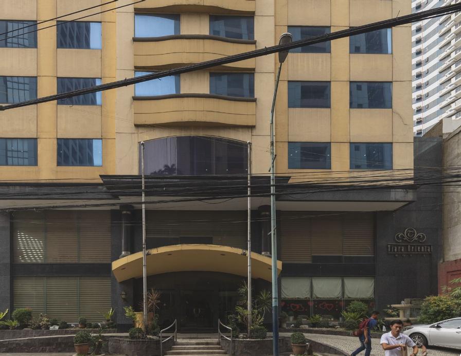 ZEN Rooms Tiara Oriental Manila, Makati City