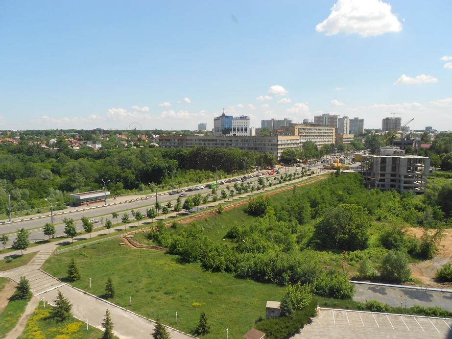 Hotel Mir, Kharkivs'ka