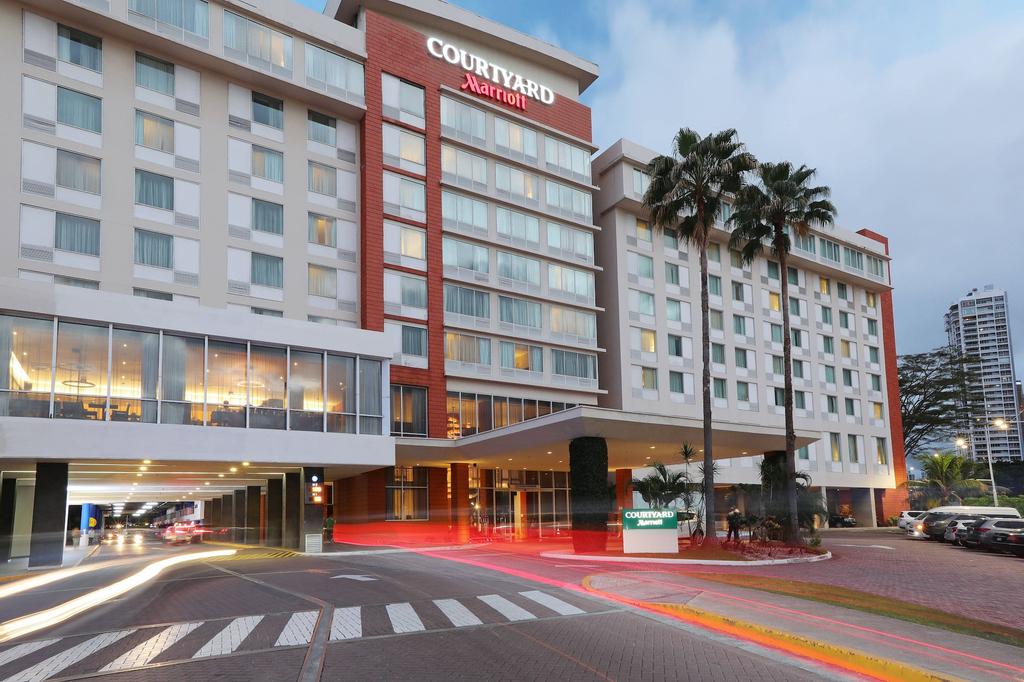 Courtyard by Marriott Panama Multiplaza Mall, Panamá