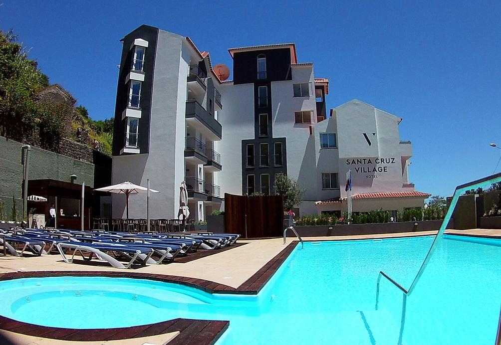 Santa Cruz Village Hotel, Santa Cruz