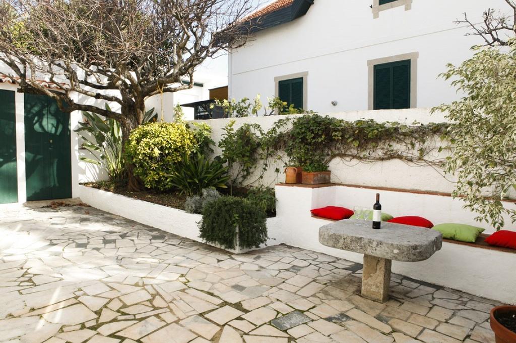Cushy Apartment with garden in Estoril, Cascais