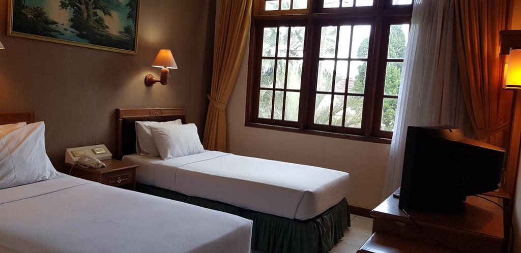 OYO 3924 Yasmin Lodge, Cianjur