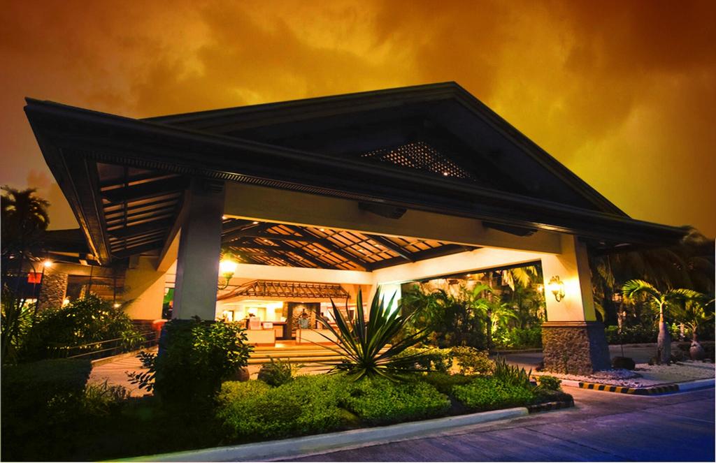 Waterfront Insular Hotel Davao, Davao City