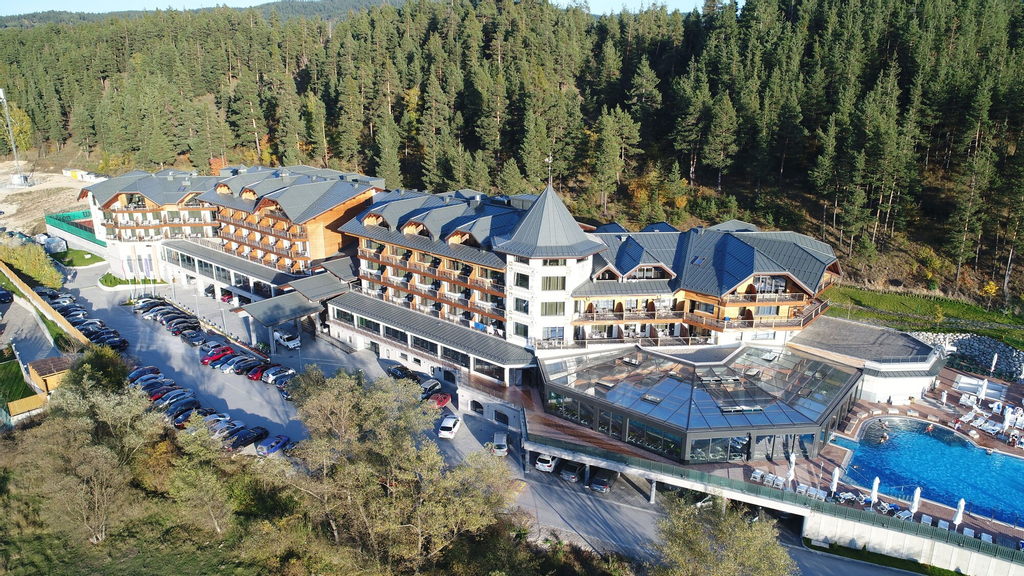 Hot Springs Medical and Spa Hotel, Razlog