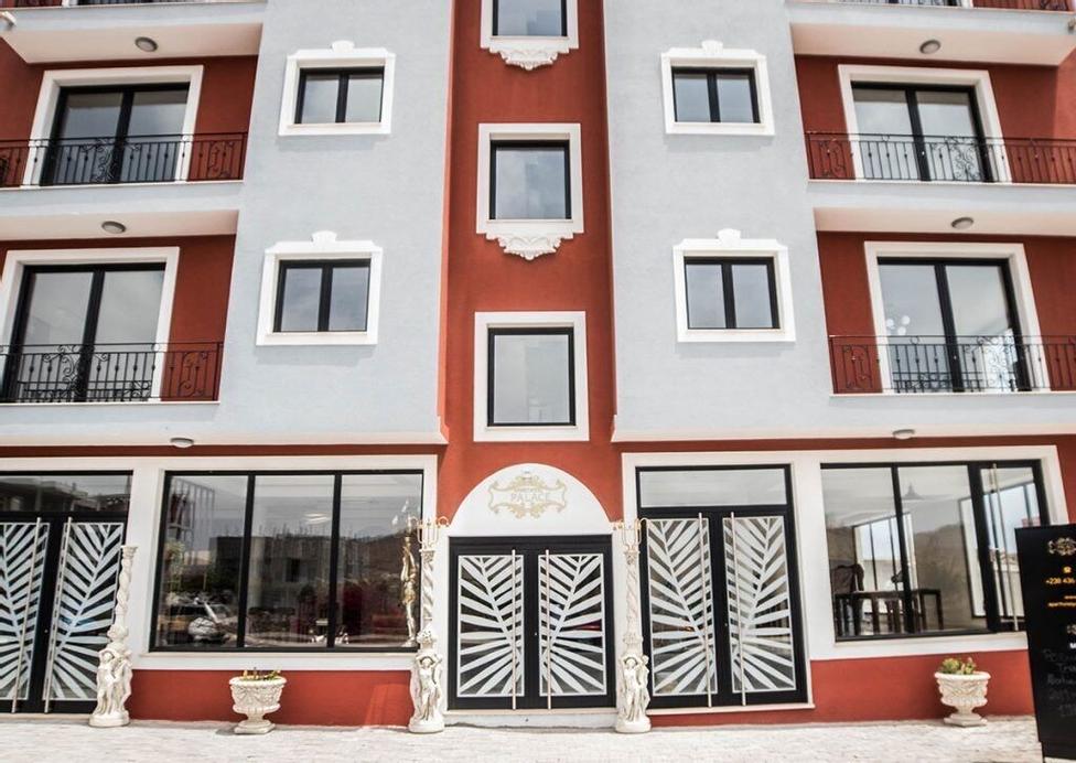 Aparthotel Palace,