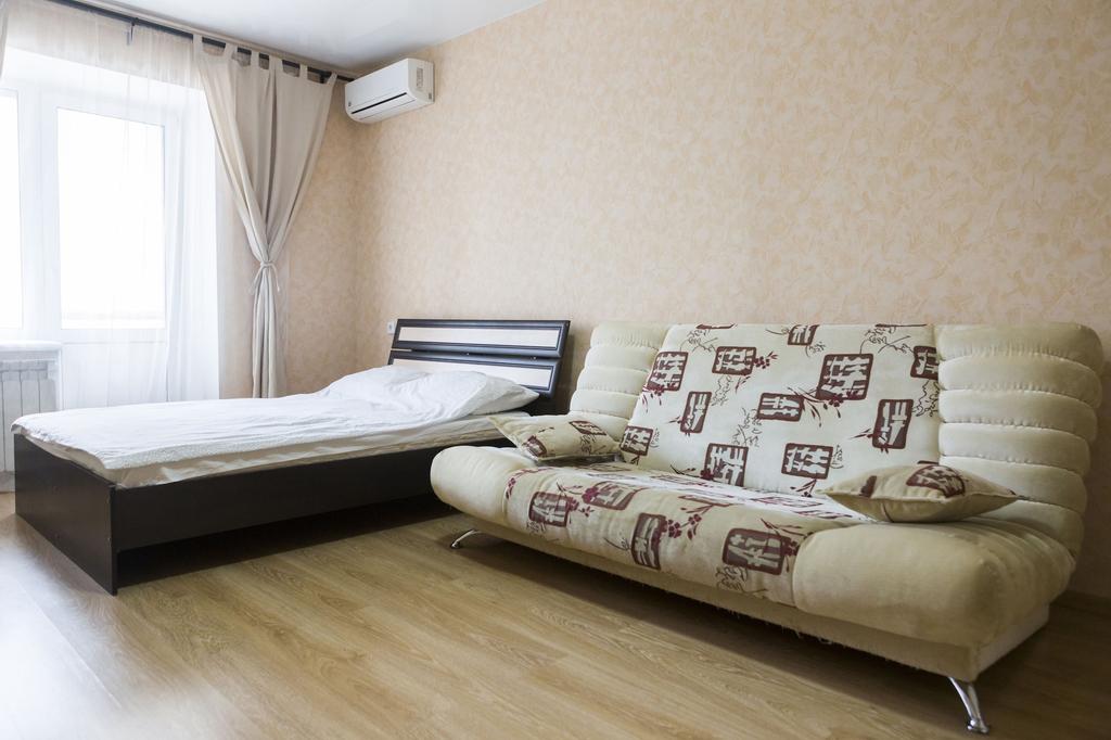 Apartment on 5-ya proseka 101, Volzhskiy rayon