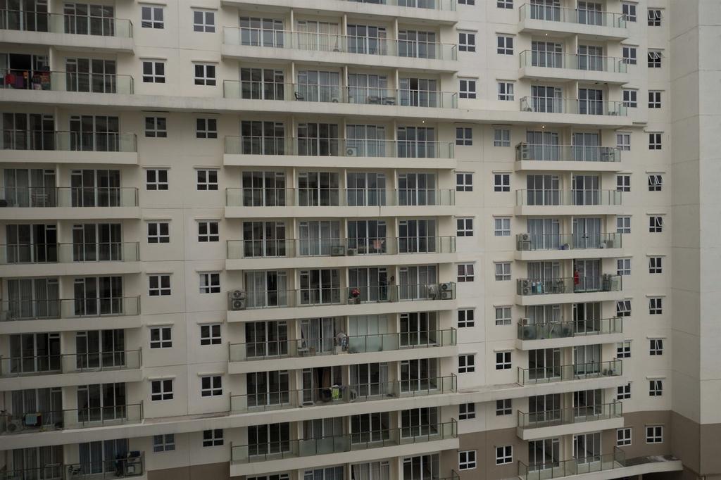 Studio Gateway Pasteur Apartment near Pasteur Exit Toll By Travelio, Cimahi