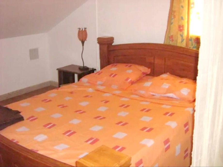 Studio in Saint Andre, With Wonderful sea View, Enclosed Garden and Wi, Saint-André