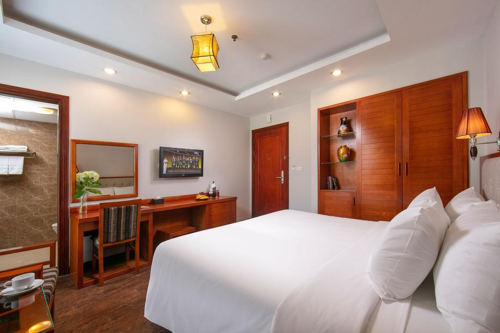 Sen Luxury Hotel, Cầu Giấy