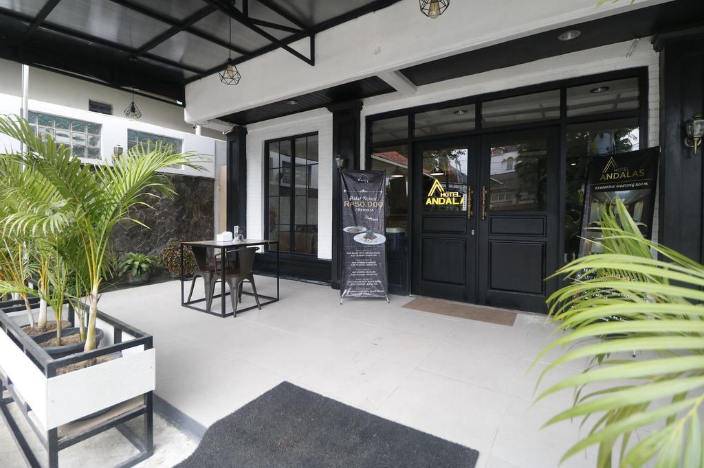 RedDoorz Plus @ Jalan Raden Intan Lampung, Bandar Lampung