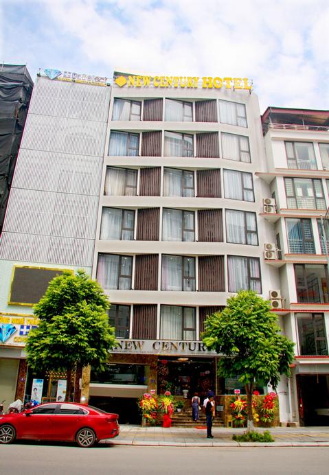 New Century Hotel, Cầu Giấy