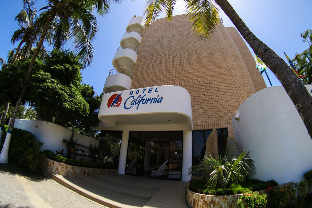 Hotel California, Díaz
