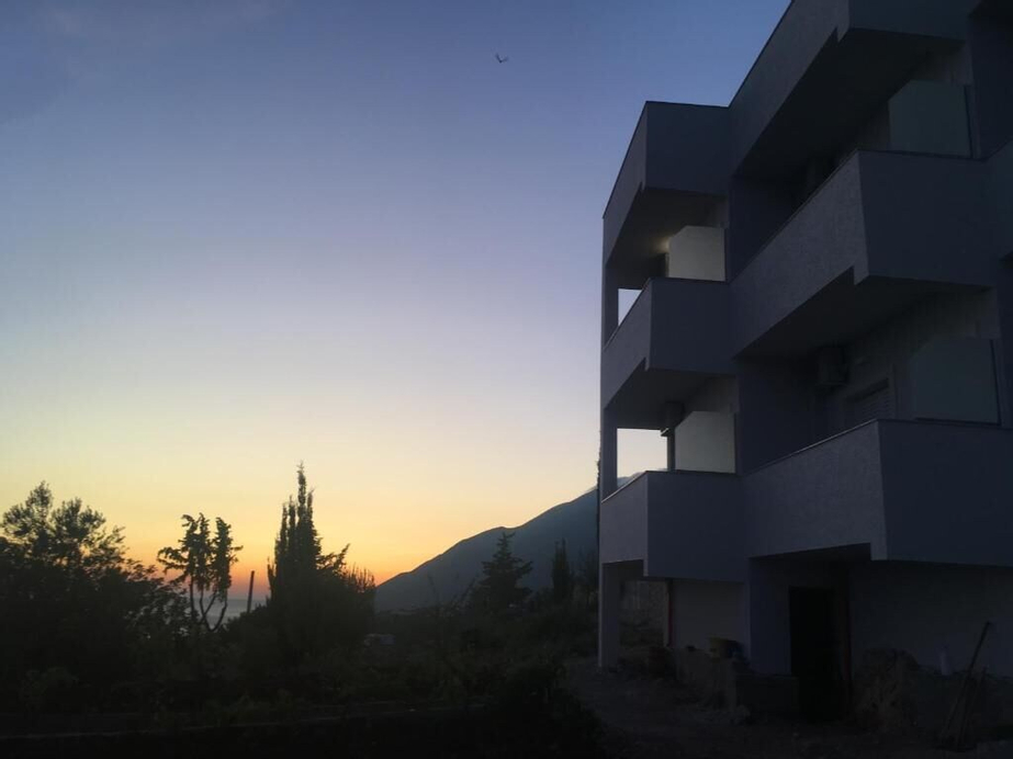 Dima Vista Hotel, Vlorës