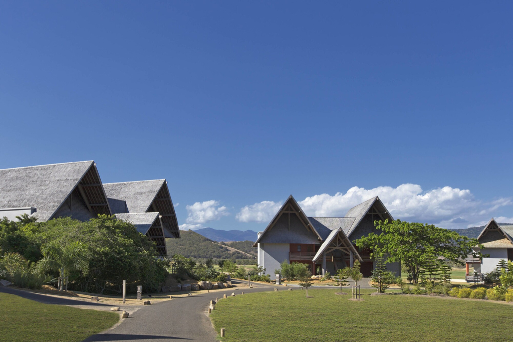Sheraton New Caledonia Deva Spa & Golf Resort, Bourail