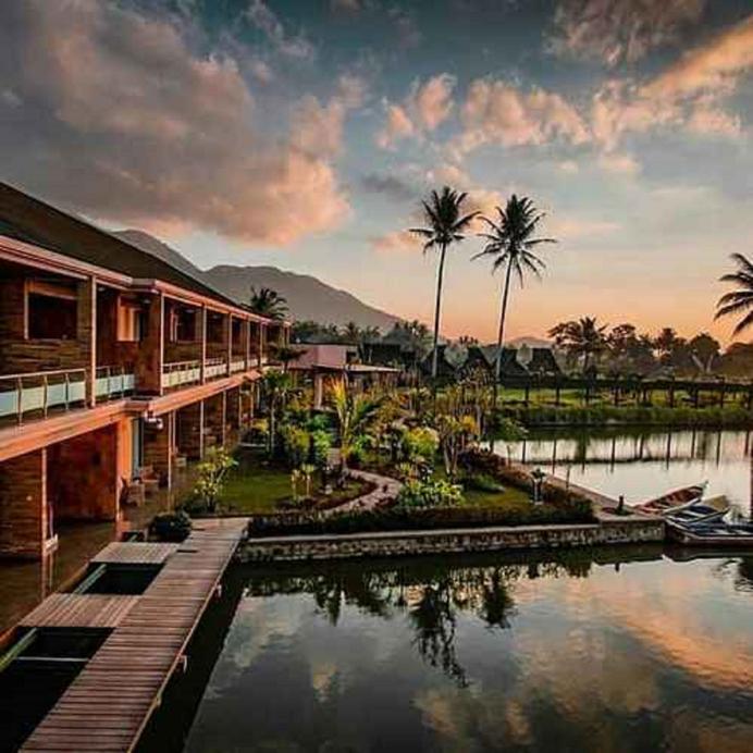 Rancabango Hotel & Resort, Garut