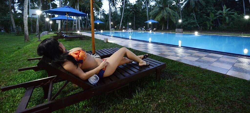 Oreeka Hotel – Complimentary Airport Transfer, Katana