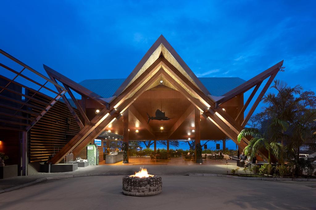 Coral Sea Resort & Casino, Rove - Lengakiki