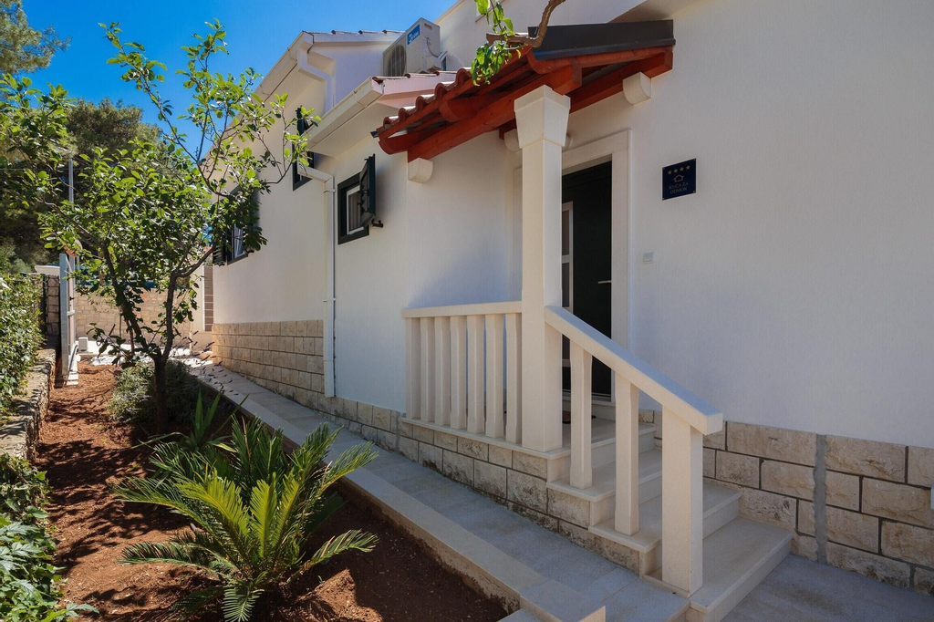 House With 3 Bedrooms in Supetar, With Wonderful sea View, Enclosed Ga, Supetar