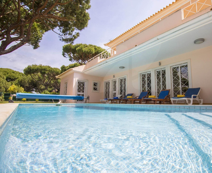 Villa With 7 Bedrooms in Quarteira, With Private Pool, Enclosed Garden and Wifi - 2 km From the Beach, Loulé