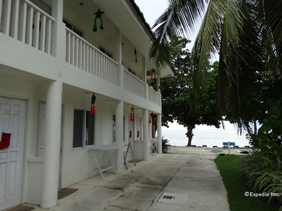 Momo Beach House, Panglao