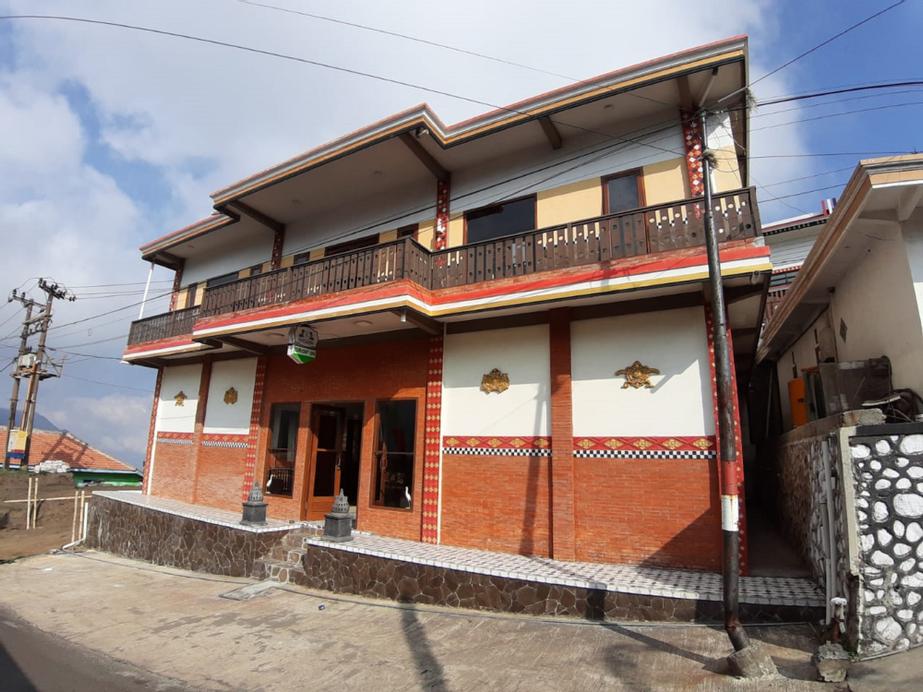 Rahayu Jawarika, Probolinggo