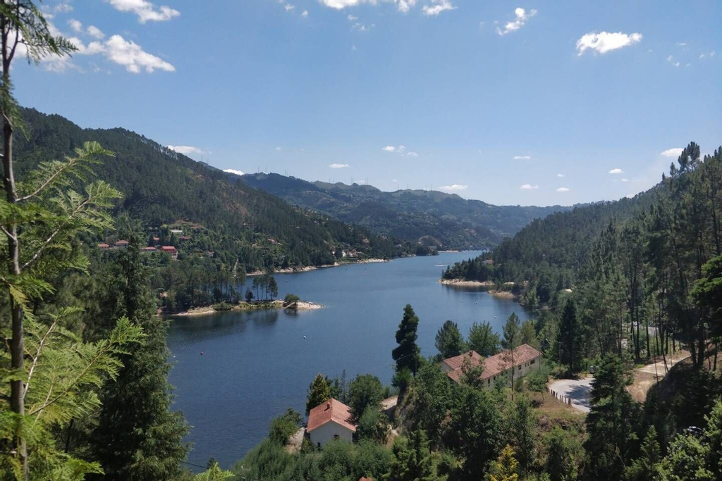 ALTIDO Gerês Mountain Lake Views, Terras de Bouro