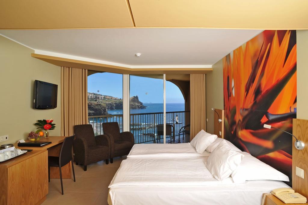Four Views Oasis Hotel, Santa Cruz