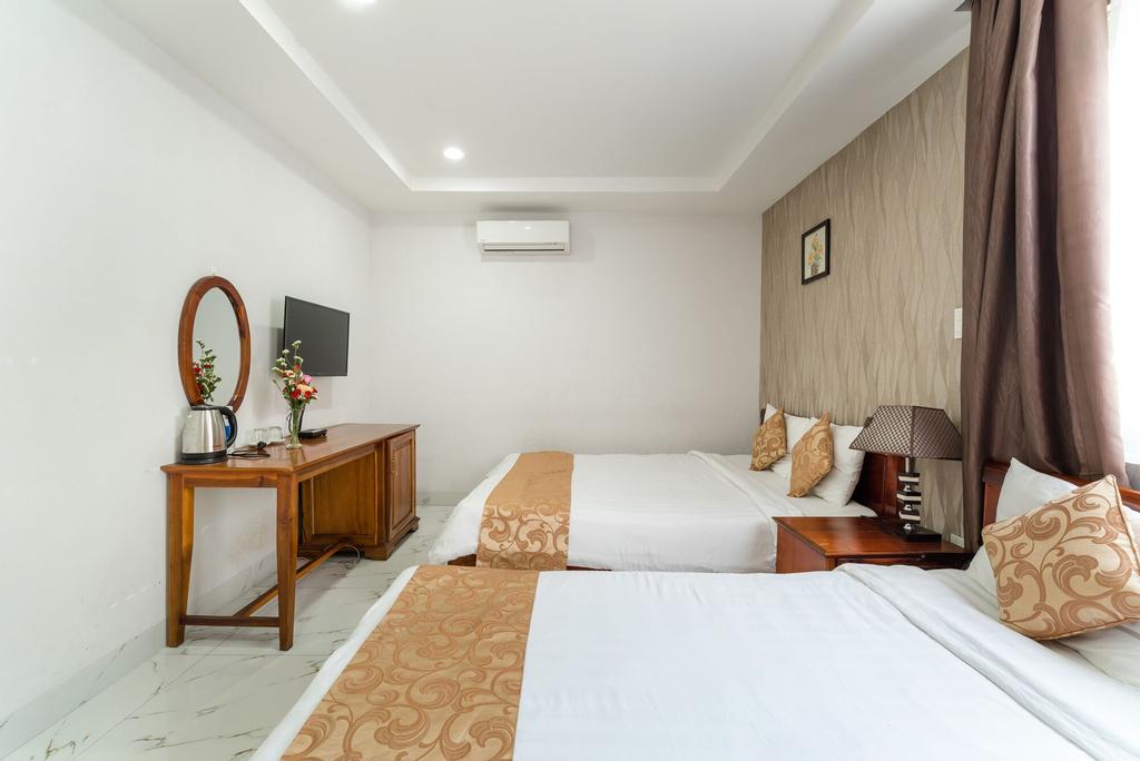 The Rose Hotel, Thanh Khê