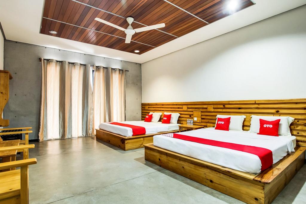 OYO 89454 Hotel Pavilion Inn, Manjung