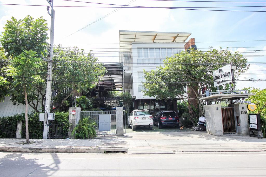 OYO 387 Little Bangbon, Bang Kho Laem
