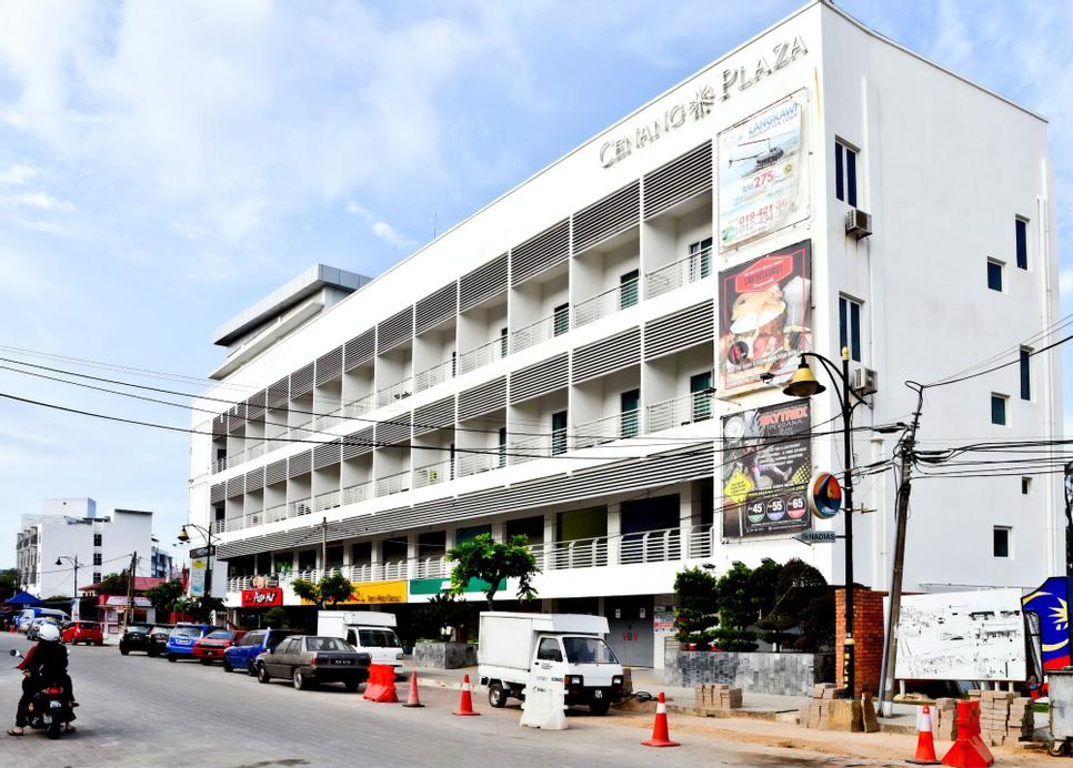 Cenang Plaza Beach Hotel, Langkawi