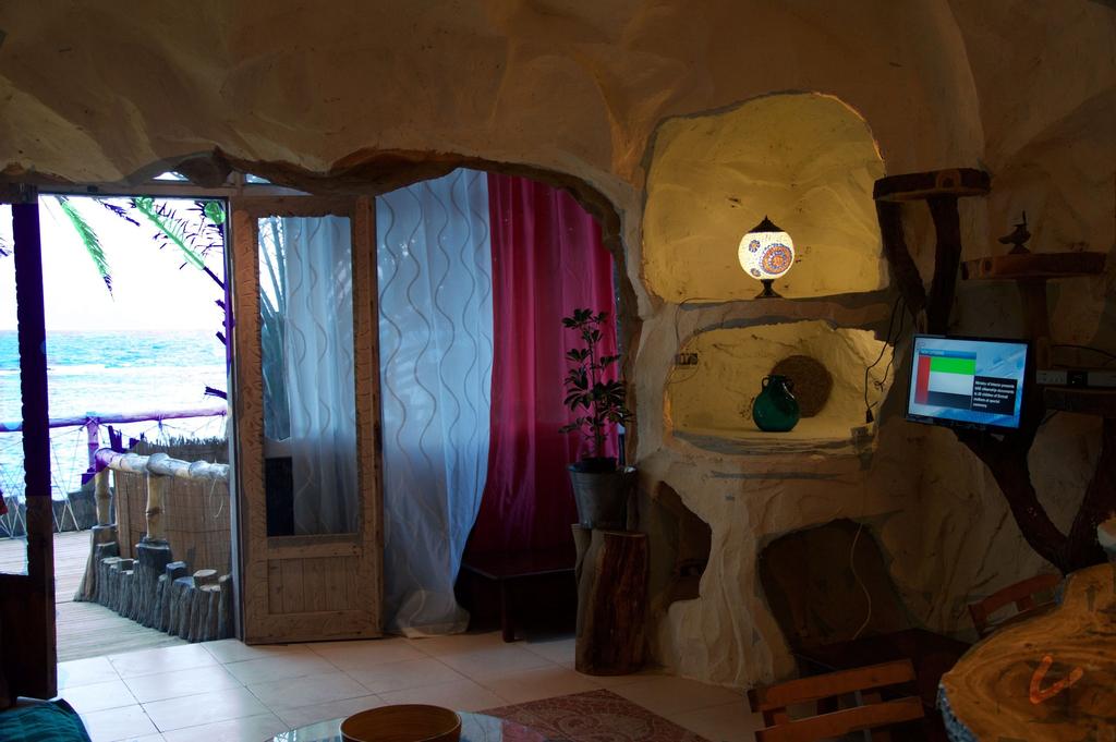The Cozy Beach Cave, Zaqaziq 2