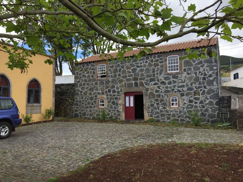 Serreta Island Home AL, Angra do Heroísmo