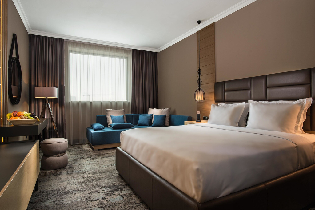 Best Western Plus Hotel Expo, Stolichna