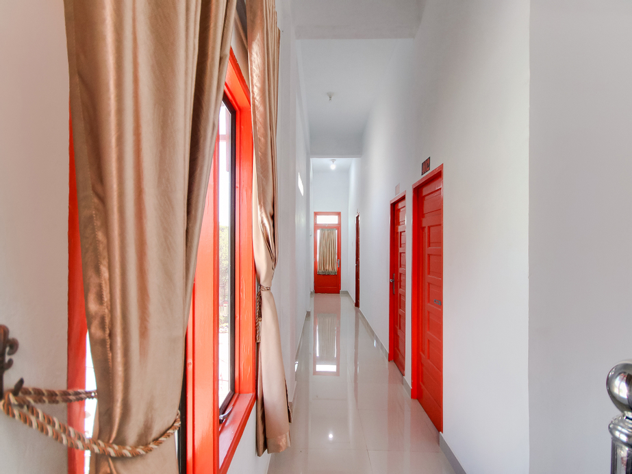 OYO 3844 Shinta Guesthouse, Deli Serdang