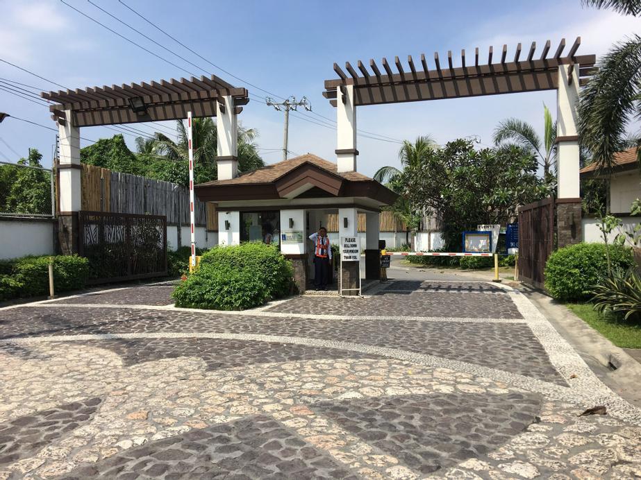 JK Suites Manila Condos, Las Piñas