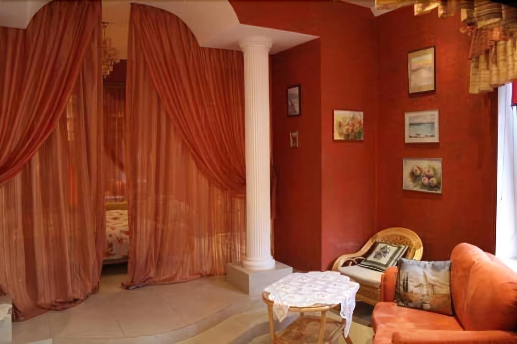 Odelana Apartments, Odes'ka
