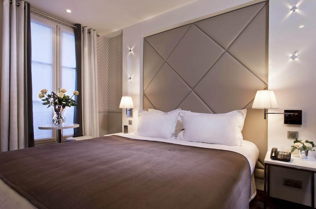 Hotel Longchamp Elysees, Paris
