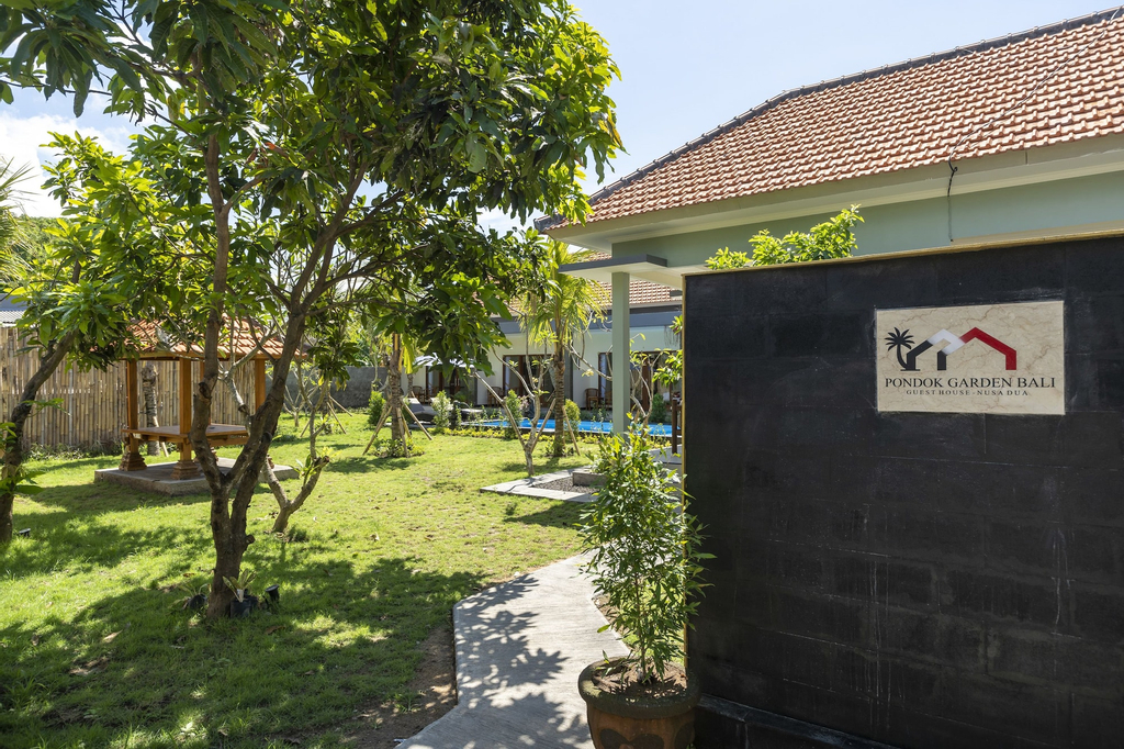 OYO 912 Pondok Garden Bali Guesthouse, Badung