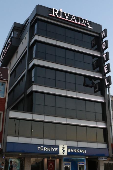 Rivada Hotel, Merkez