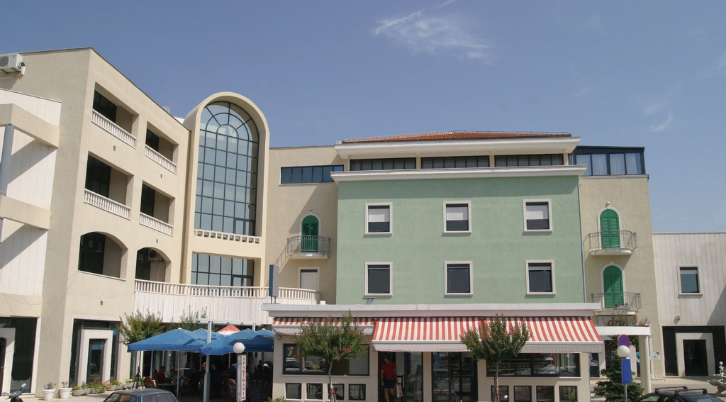 Aparthotel Bellevue, Trogir