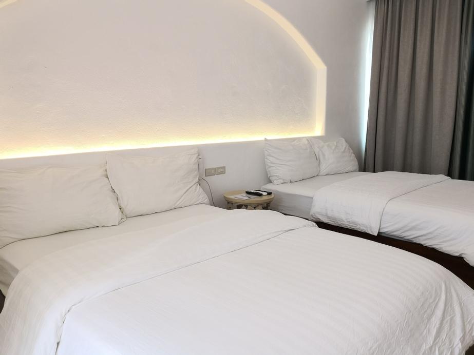 Camp Netanya Resort & Spa, Mabini