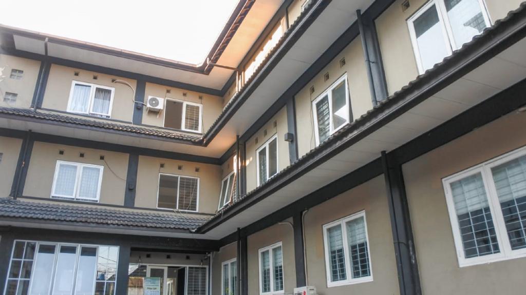 Home @33 B&B, Bandung