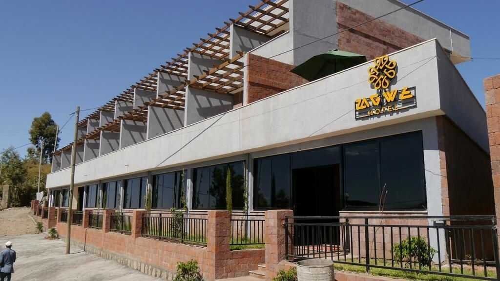 Zagwe Hotel, Semen Wello