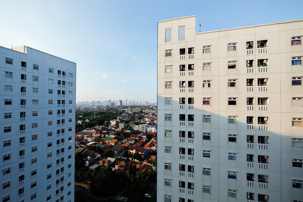 Affordable 2BR Green Pramuka Apartment with Pool View, Jakarta Pusat