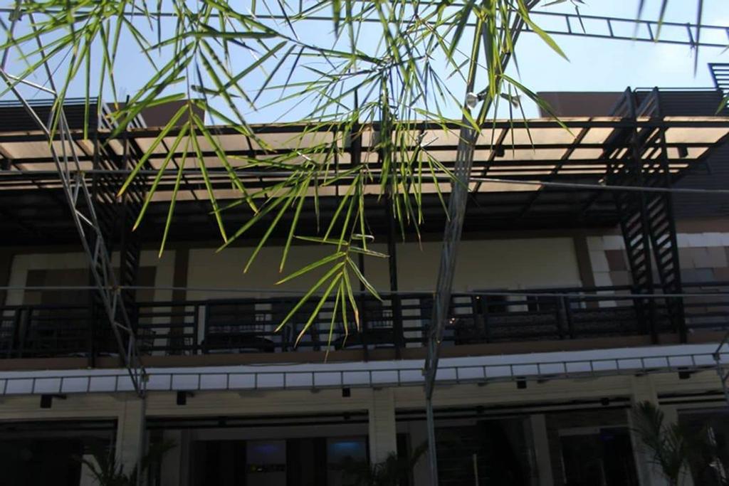 Bergamo Hotel Lingayen, Lingayen