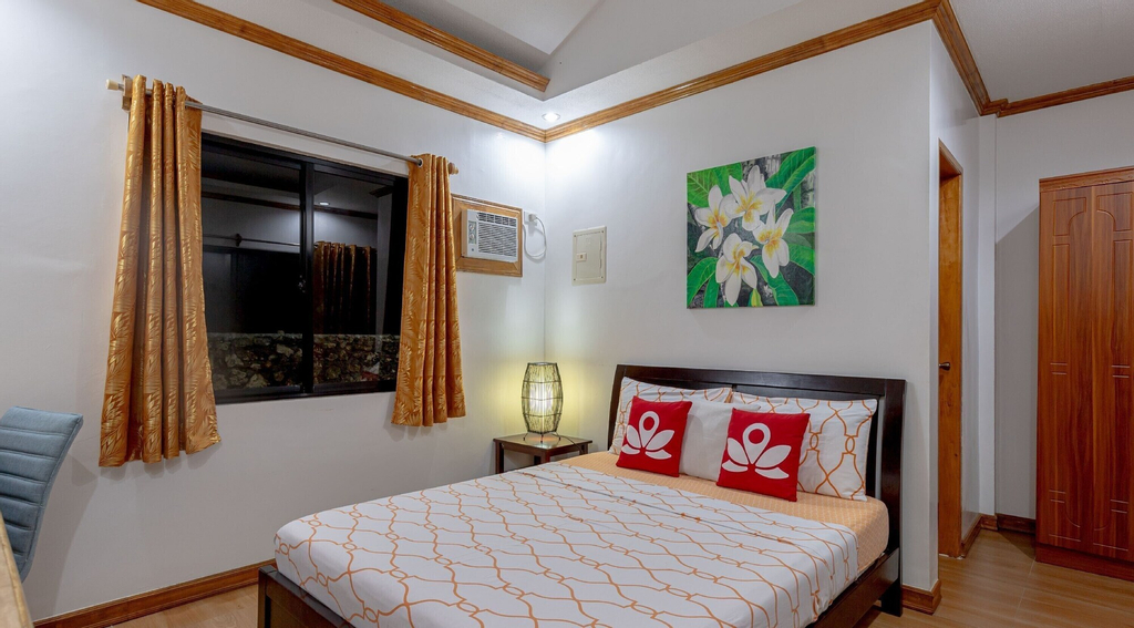 ZEN Rooms Jap Tourist Inn Siquijor, San Juan