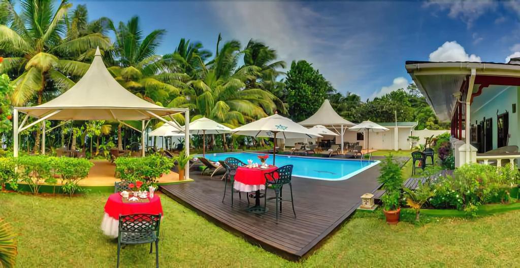 Le Relax Beach Resort - Praslin,